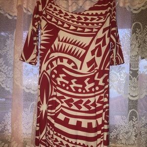 Long red and white Polynesian dress❤️